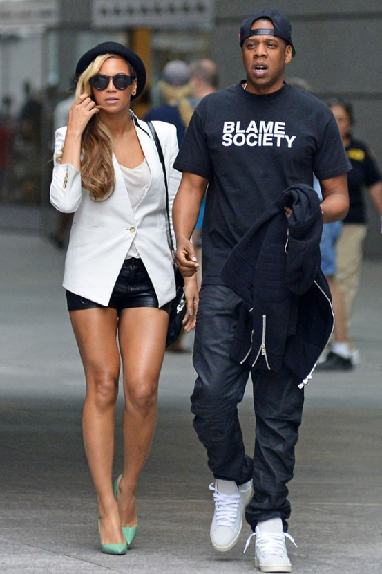 beyonce-jay-z-vogue-3jun13-fameflynet_b_592x888